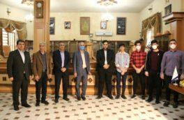 اهدا پک تغذیه به مدافعان سلامت بیمارستانهای فارابی و گلستان شهر کرمانشاه