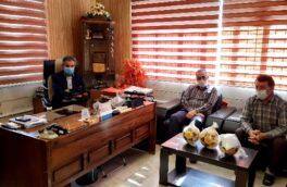 مراسم تجلیل از کارمندان رزمنده هشت سال دفاع مقدس برگزار شد